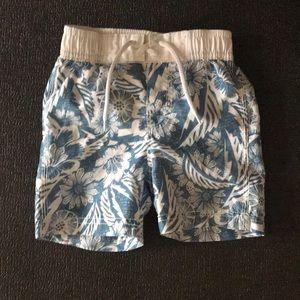 Old Navy swim trunks. Like new. 12-18 months 💦